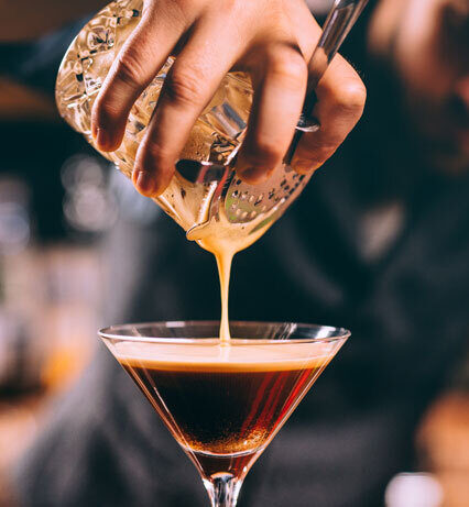 how to curate the perfect at home bar